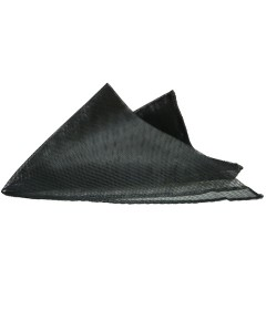 Black Loose Triangle Net