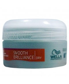 Professionals Smooth Brilliance Dry Shine Pomade